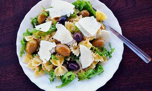 How to Guide to a Mediterranean Diet salad with macaroni - How-to Guide to a Mediterranean Diet
